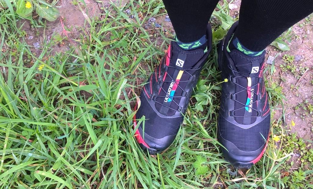 Salomonin S-LAB Fellcross 3:set. Rehellisesti mukavimmat lenkkarit jotka olen jalkaani koskana vetänyt. Istuvat kuin sukka.