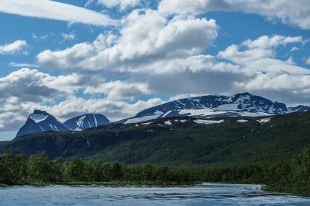 Ensimmäinen hiihtovaellus – Varovaista innostusta ilmassa, ensi viikolla taasmennään