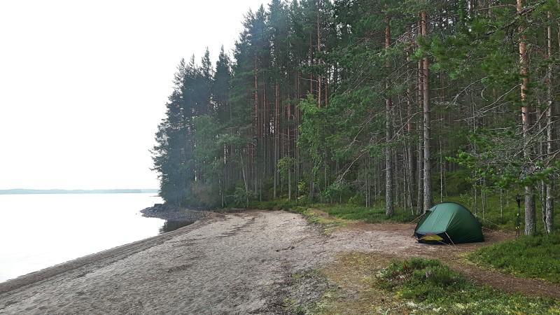 Oma rantapäätyni. Helppo kuvitella olevansa täällä täysin yksin. :)