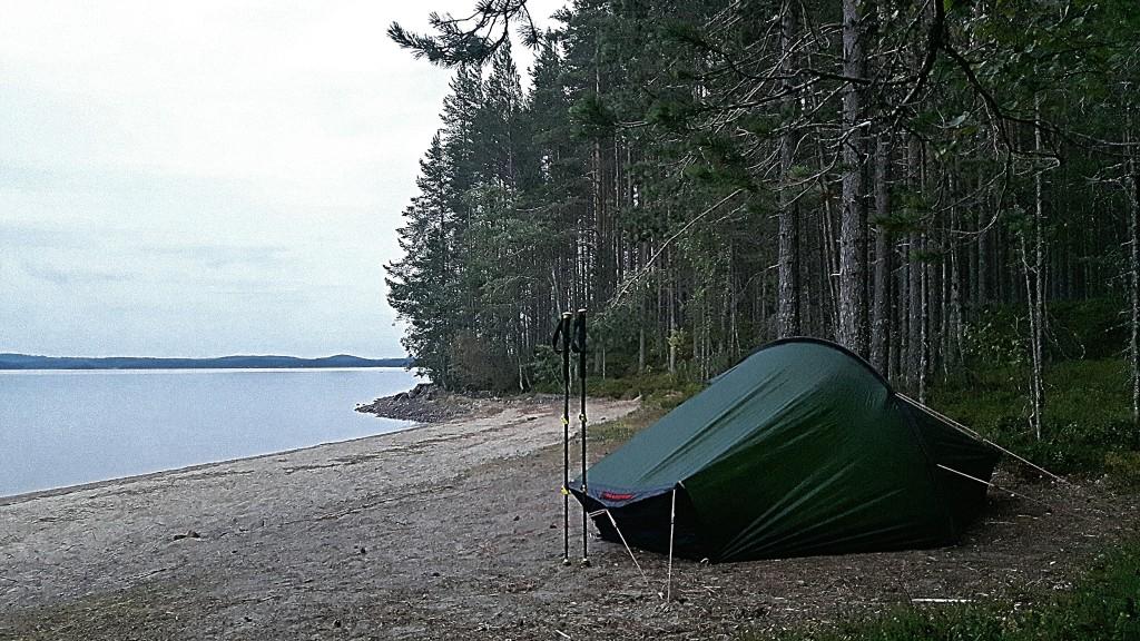 Teltasta avautuva maisema optimoitu kohti Pielistä. :D