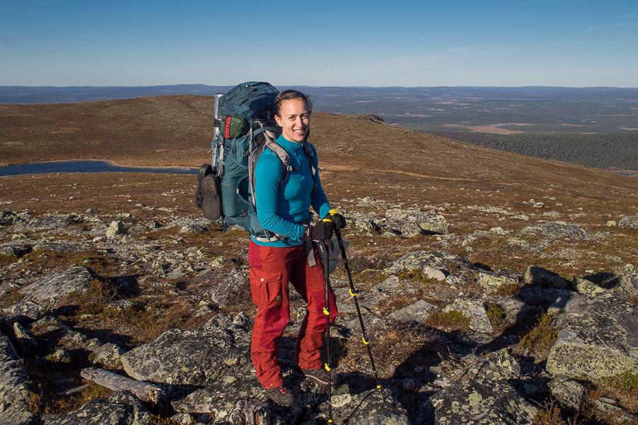 Pyhäkeron huipulla, Hetta-Pallas-reitin alkupäässä. Kuljin reitin pohjoisesta etelään. Ohikulkijan ottama kuva.