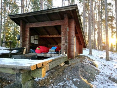 Kuka nyt ei tällaiseen aamun heräisi ulkosalta kylmänä talviaamuna.. :D